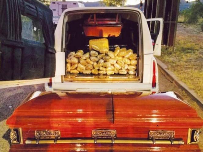 Localizan más de 30 kilos de mariguana en carroza fúnebre