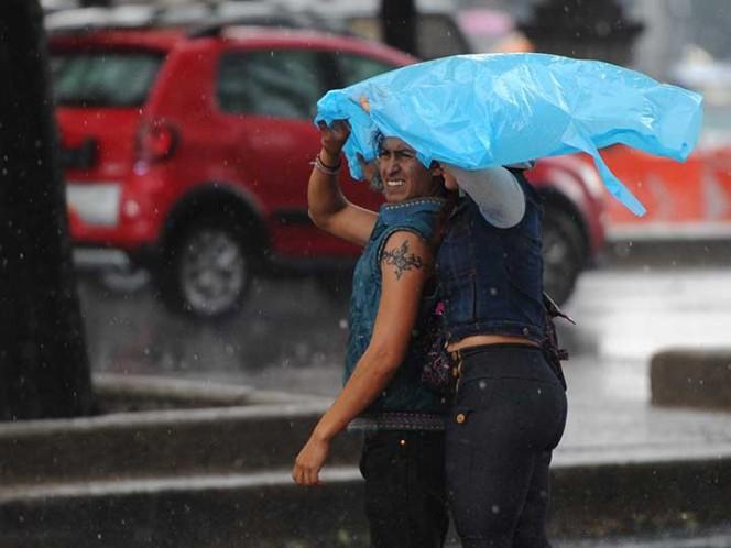 Prevén para el Valle de México lluvias vespertinas con chubascos