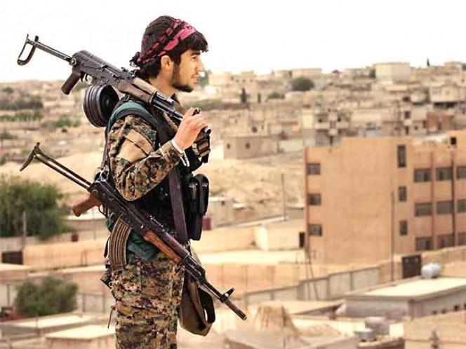 Alianza kurdo-árabe apoyada por EE. UU. arrebata ciudad siria