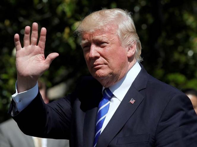 Trump denuncia ser víctima de inédita cacería de brujas por caso Rusia