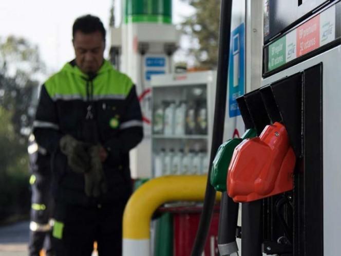 Caen hasta 50% ventas en gasolineras por comercio ilegal de combustible