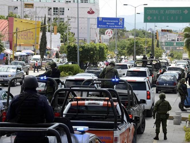 Vinculan a proceso a 20 policías municipales de Zihuatanejo