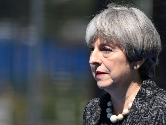 May pedirá a Trump que proteja la información secreta del Reino Unido