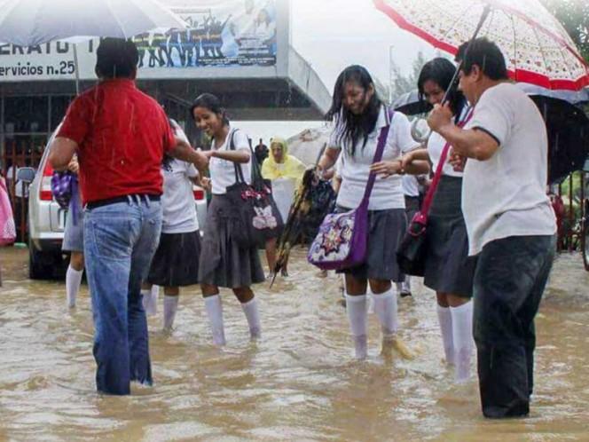 Suspenden clases en Salina Cruz y Tehuantepec ante pronóstico de lluvias
