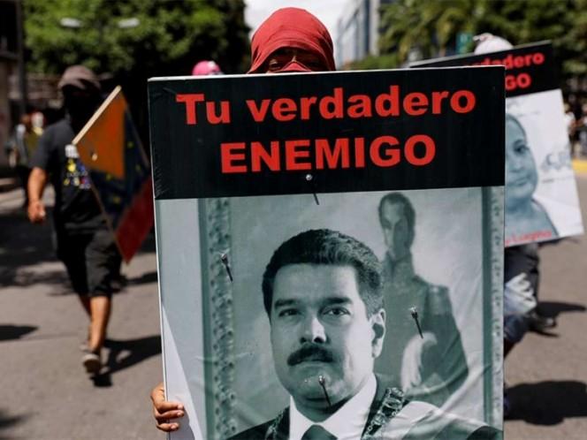 Usan niños en protestas: Maduro ante el Papa