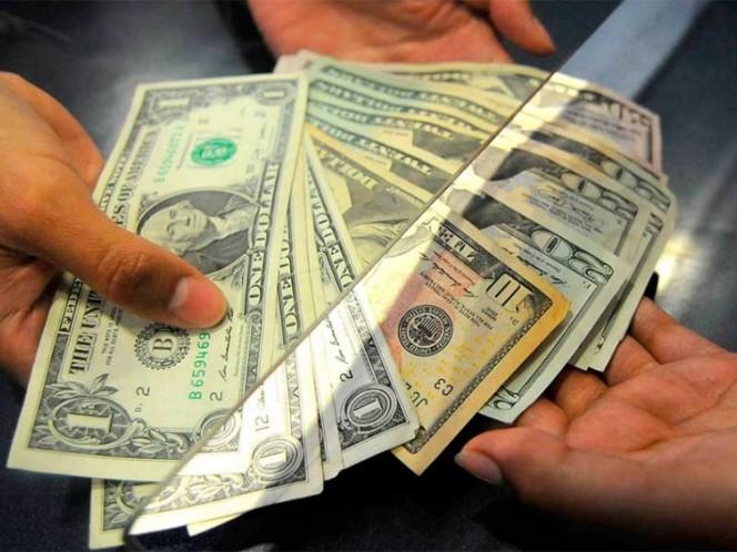 Dólar cierra la semana a la baja, se vende a 18.20 pesos