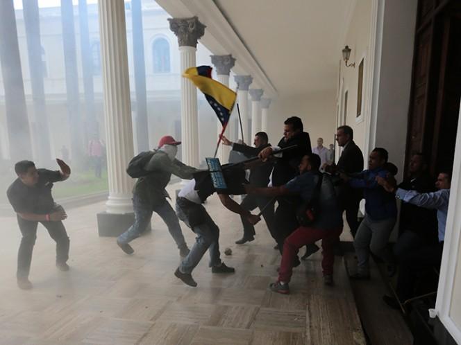 Panamá condena violencia suscitada en AN de Venezuela