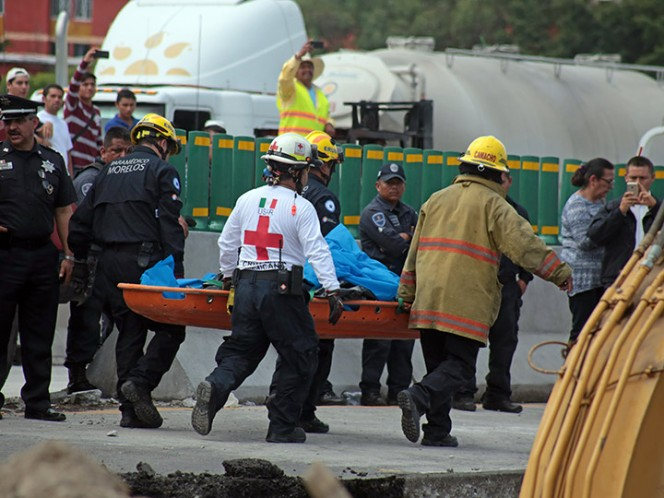 Peritaje en Socavón paraliza tránsito en Paso Exprés