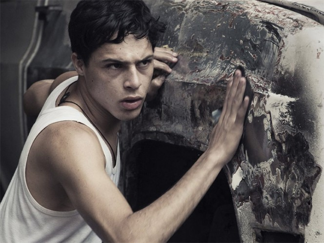 Los looks de los actores chilenos en los Premios Platino 2017