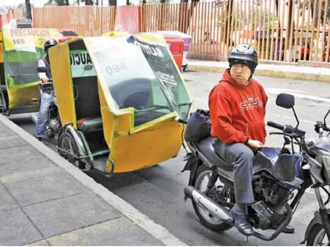 PAN busca frenar mototaxis en CDMX