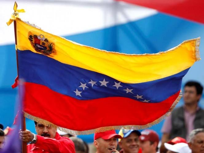 Estados Unidos ordena a familiares de diplomáticos a salir de Caracas