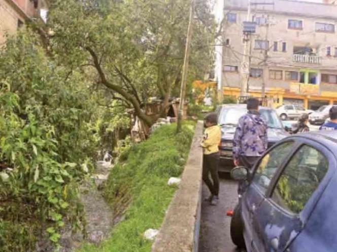 Hallan cuerpo de niña arrastrada por fuertes lluvias en Álvaro Obregón