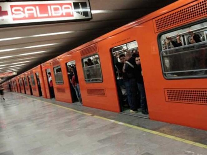 Hombre se suicida en la estación del Metro Merced