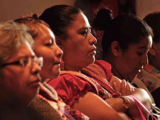 Presidente Maduro saluda Día Internacional de la Mujer Indígena