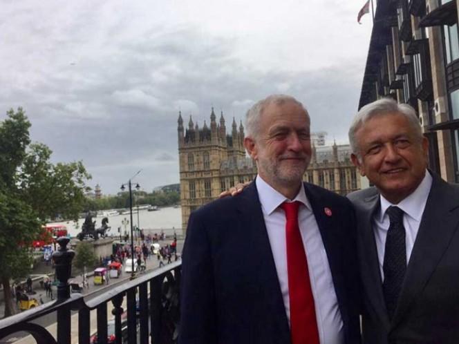 AMLO se reúne con Jeremy Corbyn en el Parlamento del Reino Unido