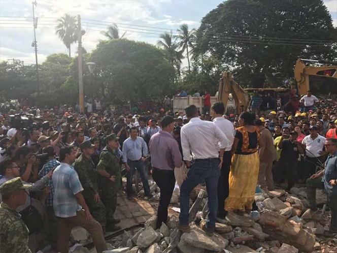 Suspenden festejos patrios en Oaxaca tras sismo de 8.2