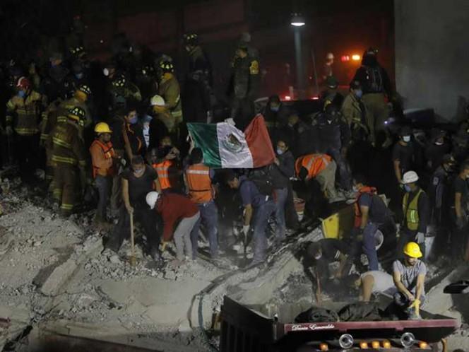 Suman 138 muertos por terremoto en México