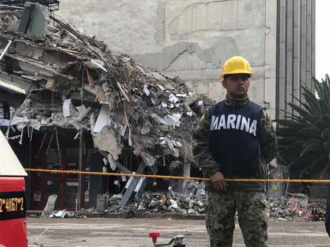 Sube a 307 la cifra de muertos por sismo en el país