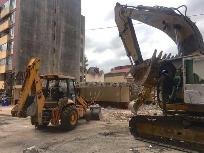 Se llevaron a cabo labores de demolición en el predio ubicado en Edimburgo 4, colonia Del Valle. Foto: @Christianvonroe