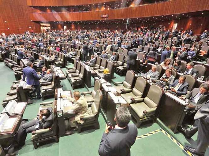 Comisión de Hacienda avala subir ingresos en 43 mil mdp