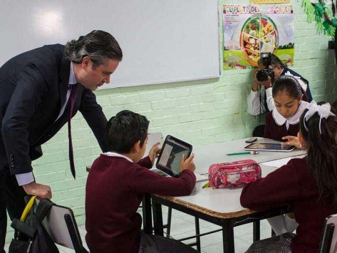 SEP digitalizará libros de texto y materiales educativos