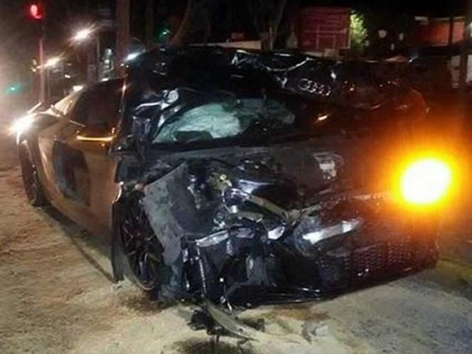 Sufre Alan Pulido accidente automovilístico en Guadalajara