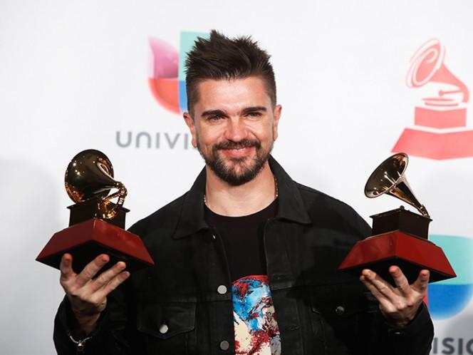 Andrés Calamaro compartió con Mon Laferte en los Grammy Latino