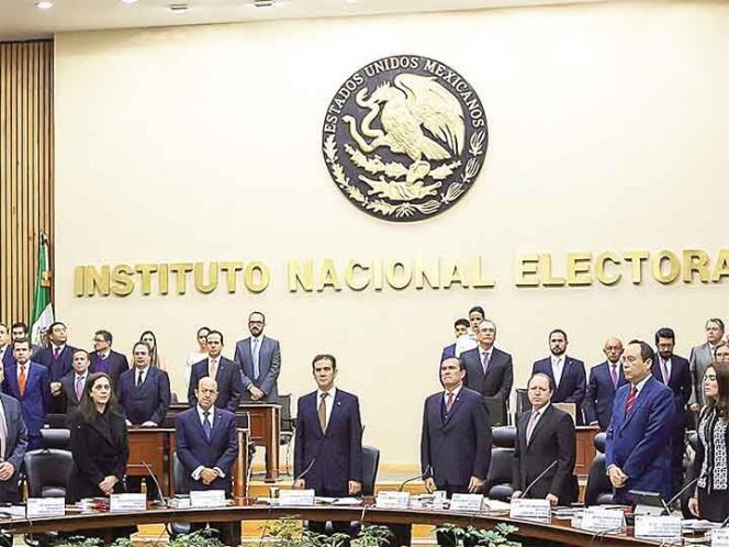 Aprueba INE realizar tres debates presidenciales en 2018