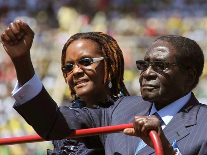 Ejército deja sin poder a Mugabe, tras 37 años