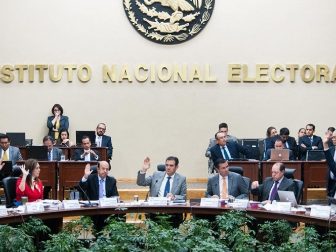 El INE asume conteos rápidos para elecciones del 2018