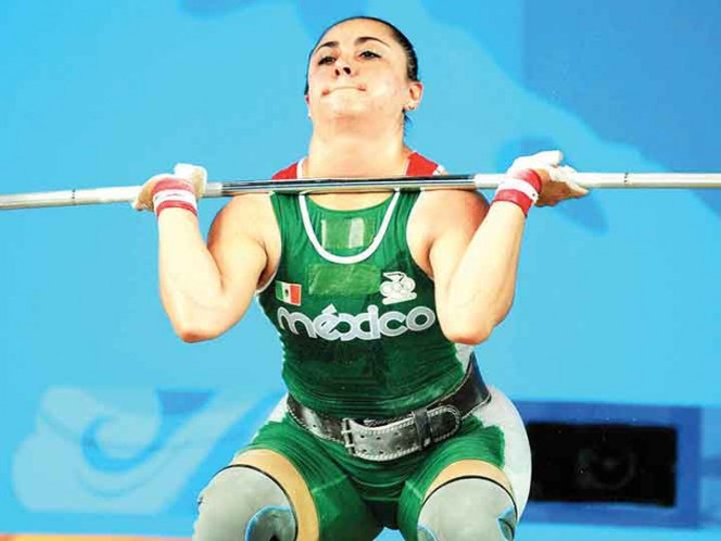 El esfuerzo de Damaris Aguirre quedó retratado en esta imagen durante su participación en los Olímpicos de Beijing 2008; hoy, su recompensa. Foto: Mexsport