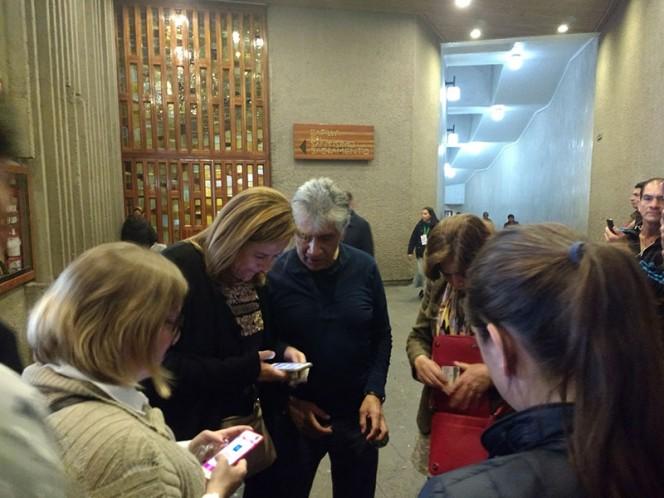 Logra Zavala firmas en Colima y agradece a colimenses en video