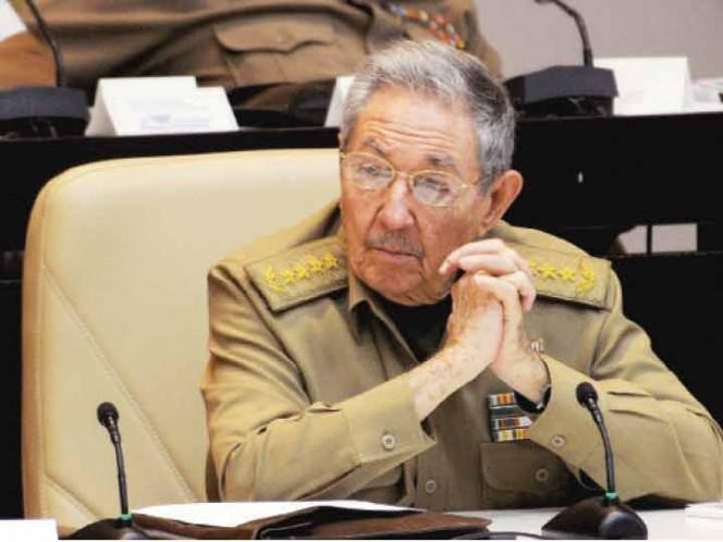 Raúl Castro gobernará hasta 2018