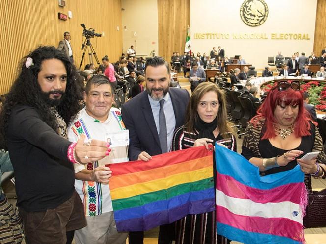 El Consejo General del Instituto Nacional Electoral (INE) aprobó el protocolo para garantizar el voto de las personas transgénero.