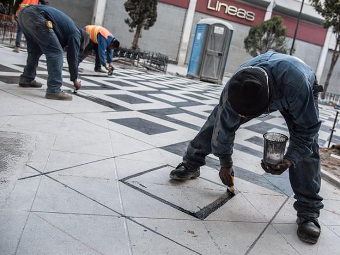 Debido a que la delegación Cuauhtémoc no terminó a tiempo la remodelación de calles de la Zona Rosa, deberá devolver los recursos no ejercidos, aseguró el director de obras de la demarcación.