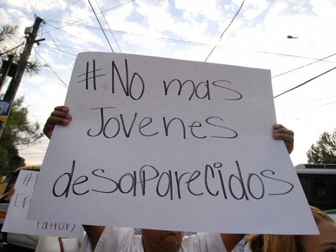 México investiga a más de 100 policías por 3 jóvenes desaparecidos