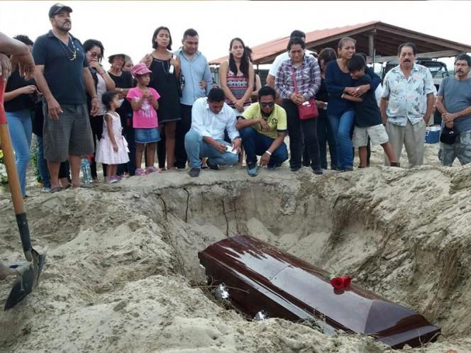 Periodista asesinado en noreste de México recibió 21 puñaladas, dice fiscalía
