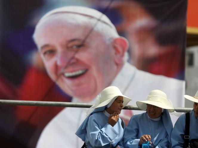 EL Papa se despide de Perú con una misa multitudinaria