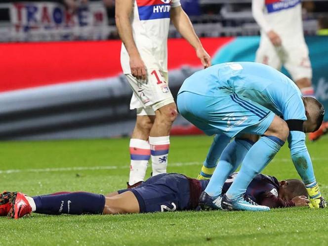 Lopes intentó ver el estado de salud de Mbappe