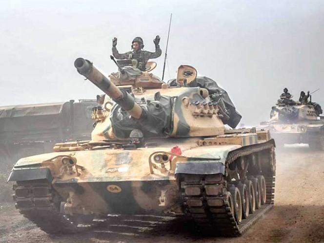 El ejército turco entra a Siria tras varios días de ataques aéreos
