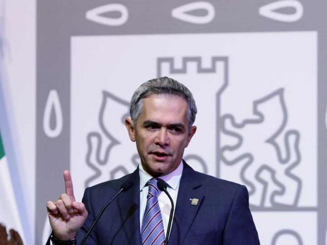 Dialogaron Mancera y González Anaya sobre el presupuesto para la capital