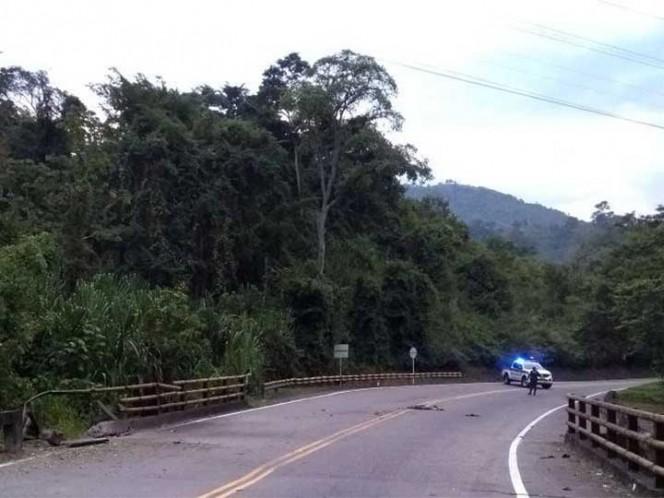 ELN ataca peajes en Cesar y quema tractomula en Antioquia