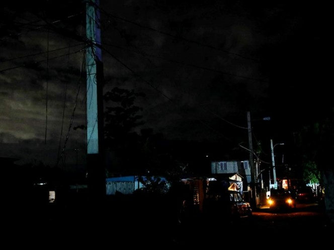 Una explosión en una subestación eléctrica causa un 'apagón' en Puerto Rico