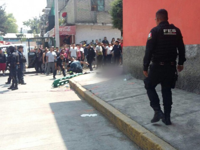 Mueren 3 en balacera entre narcomenudistas, en Naucalpan