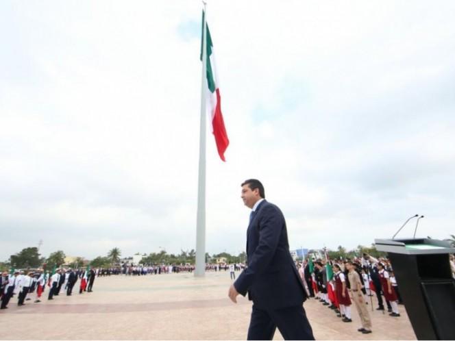 Conmemoran Día de la Bandera