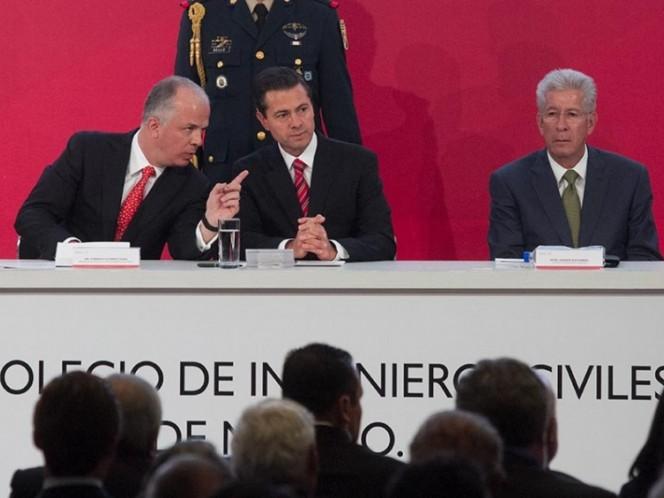 Pide AMLO a Ricardo Anaya extender denuncia a expresidentes