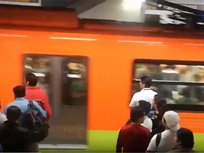 Matan a un hombre en escaleras de la estación