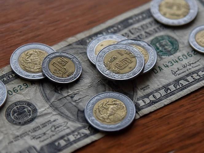 El dólar estadunidense inicia la semana a la venta en un promedio de 19.79 pesos