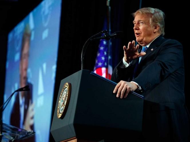 Trump dice que 'pronto' firmará decreto para frenar separación de familias
