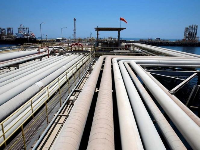 Trump afirma Arabia Saudí producirá más petróleo